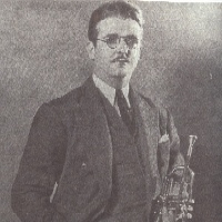 Berigan's uninhibited jazz style inspired and dominated every group with which he played.